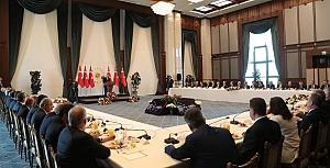 Cumhurbaşkanı Erdoğan, büyükşehir belediye başkanlarını kabul etti