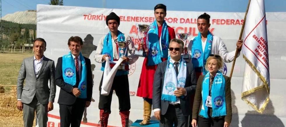 """Balıkesir """"Atlı Okçuluk Türkiye Şampiyonası Finali""""ne Ev Sahipliği Yaptı"""