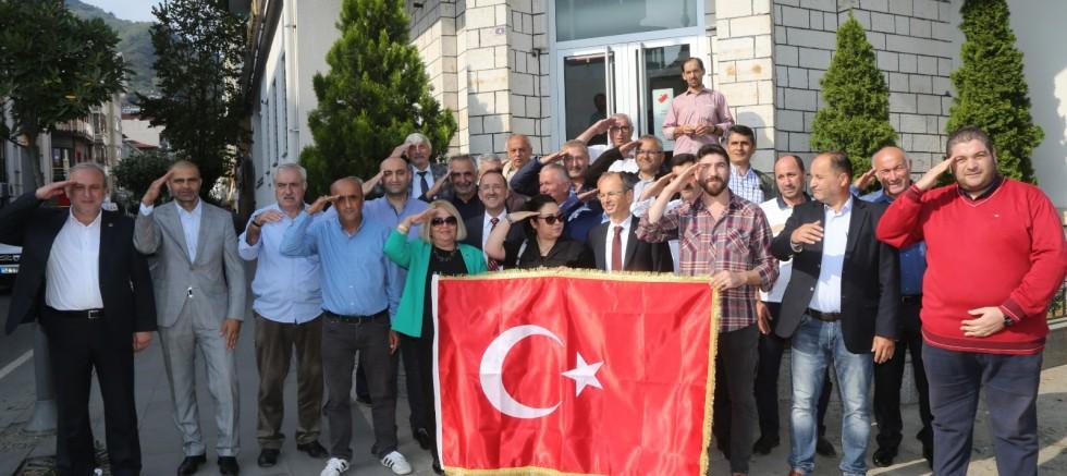 Ordulu Muhtarlardan Mehmetçik Vakfı'na Bağış